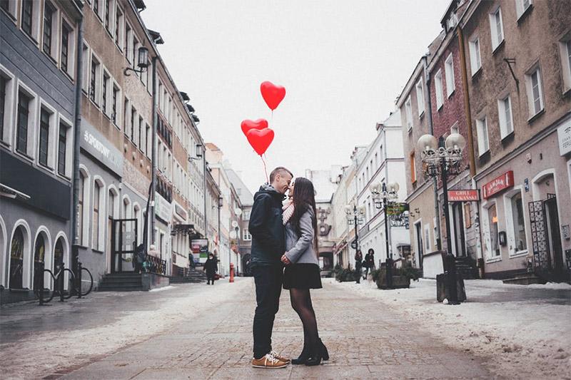 การใส่ใจ ความรัก รัก แบบรัก ใส่ใจ