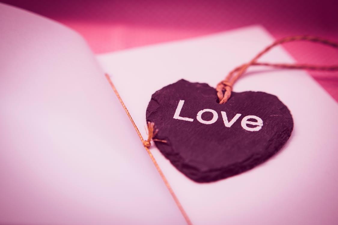 love รัก