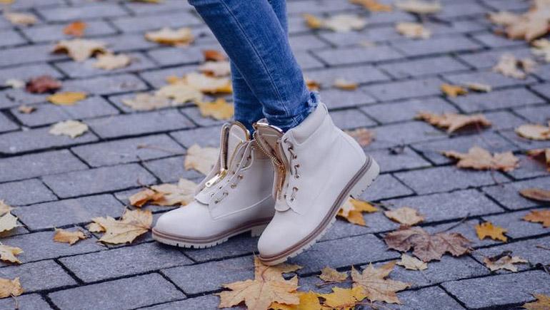 ทายนิสัย รองเท้า รองเท้าคู่ใจ